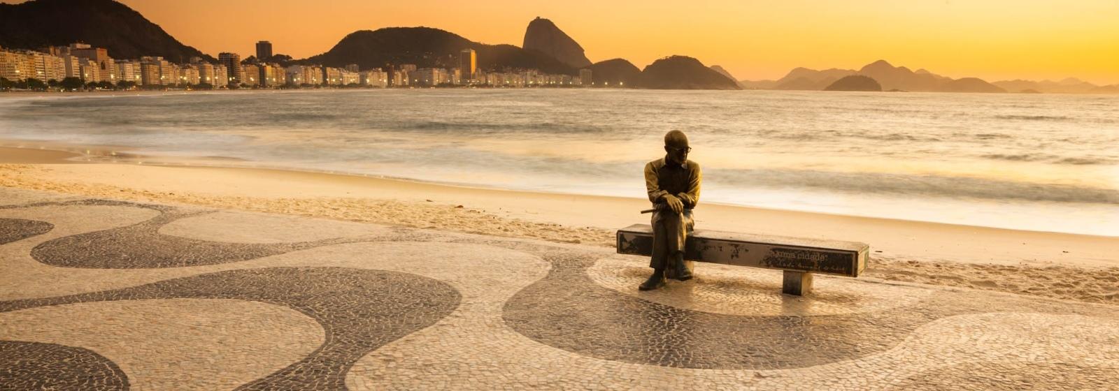 Estátua de Carlos Drummond